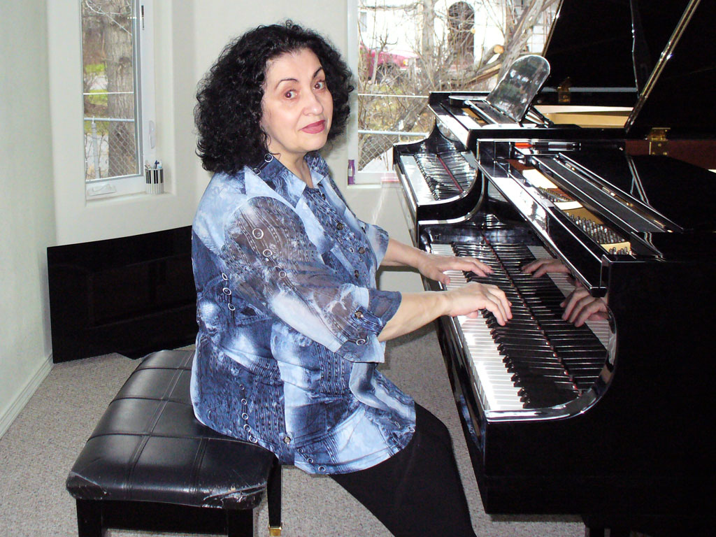 piano-instructor-alla-artemyeva